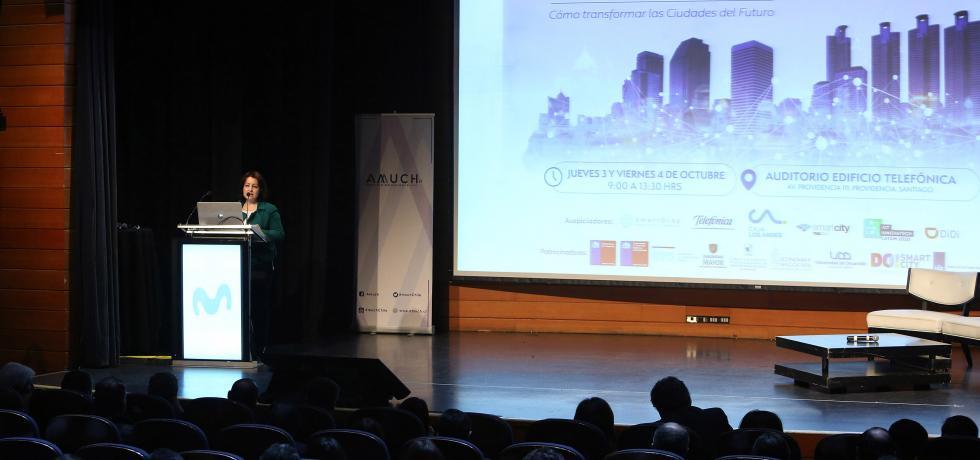 Subsecretaria (s) Troncoso participa en Congreso Gobiernos Locales y Ciudades Inteligentes