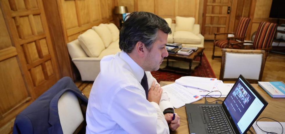 Subsecretario Masferrer expone proceso de descentralización en comisión de Zonas Extremas del Senado